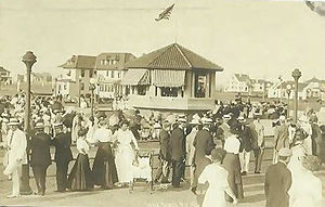 Long Beach boardwalk (circa 1911)