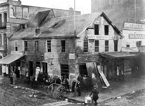 Montgomery and Clay Streets, San Francisco in 1859. Photograph from the Library of Congress