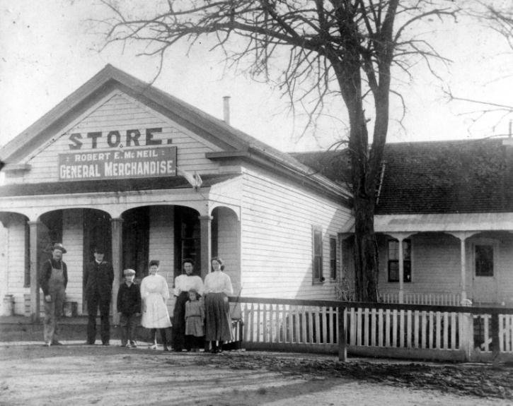 Old Pioneer Grocery Store around 1910