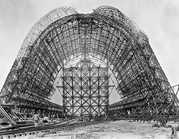 Historical photograph of Moffett Field's Hanger One under construction during the years of 1931-1933.