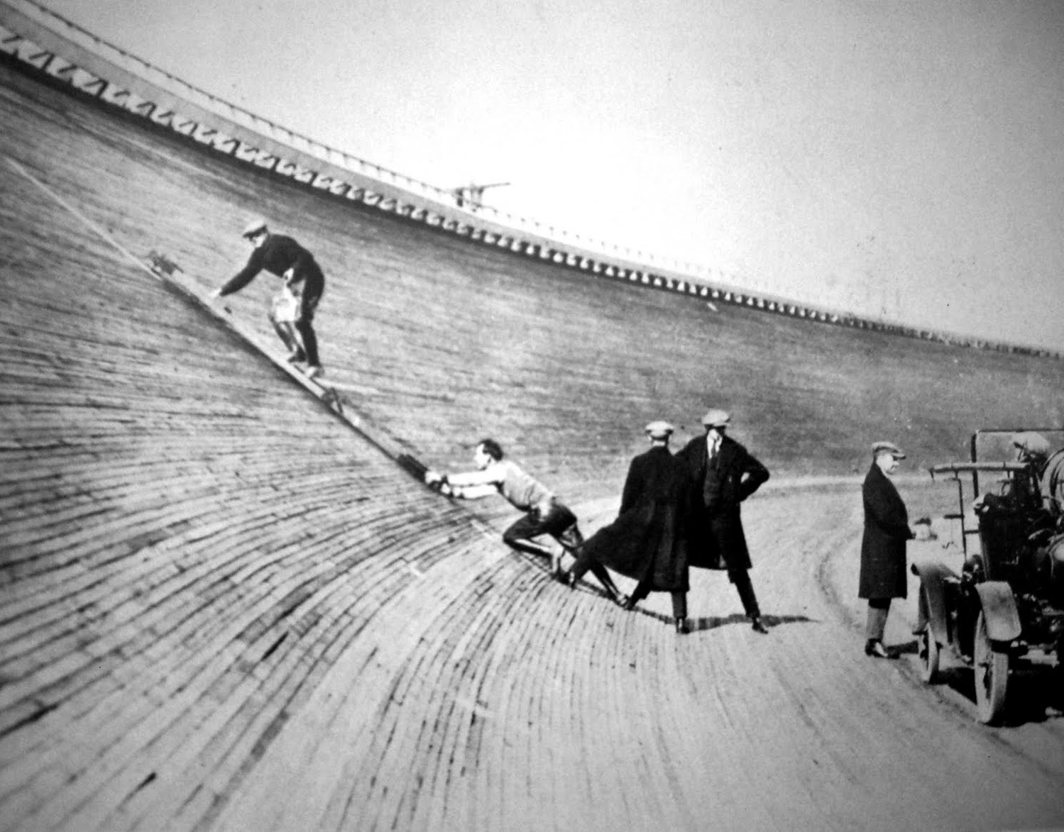 Los Angeles Motordrome boardtrack angle.