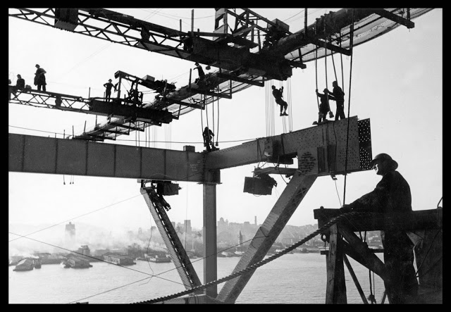 San Francisco Bay Bridge construction (1933 - 1936).