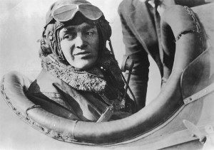 Jack Knight became a national hero for his daring role in the first overnight transcontinental air mail service.