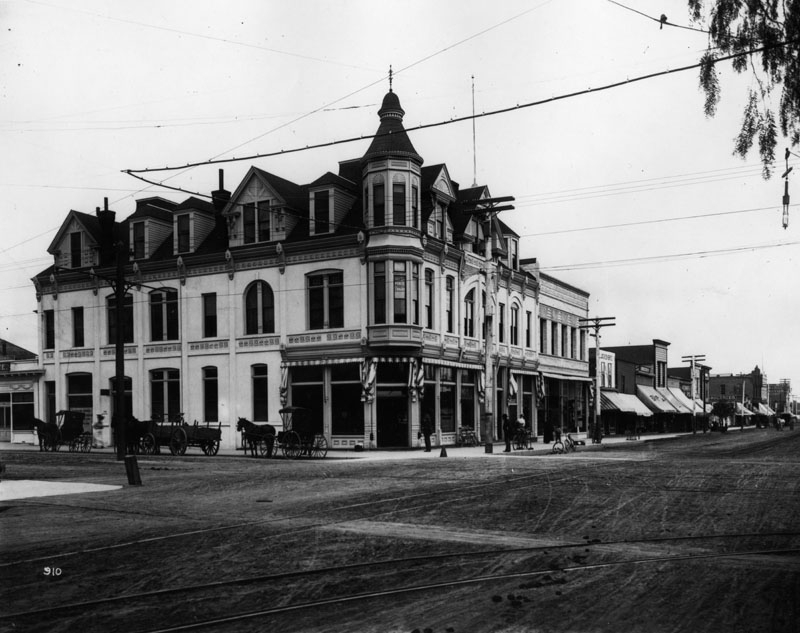 Bank of Santa Monica building, later the California Bank (1890).