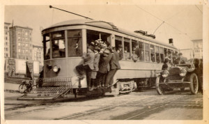 Muni car #1 (1912). Courtesy San Francisco Public Library.
