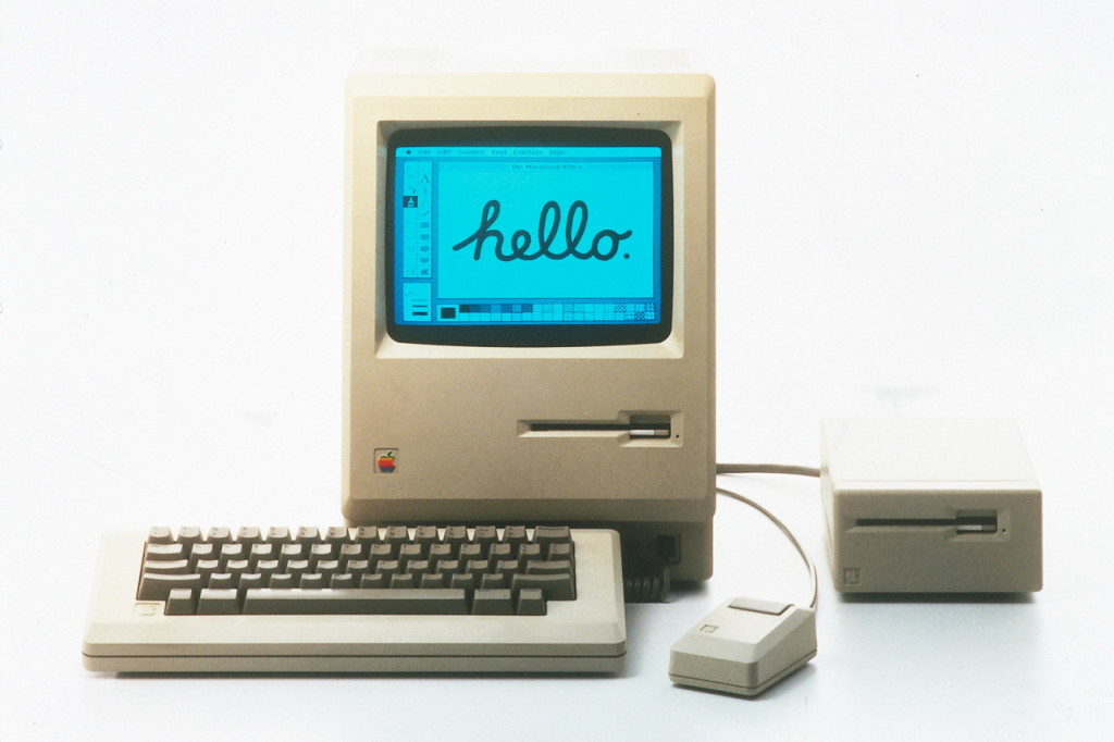 Apple Macintosh (1984).