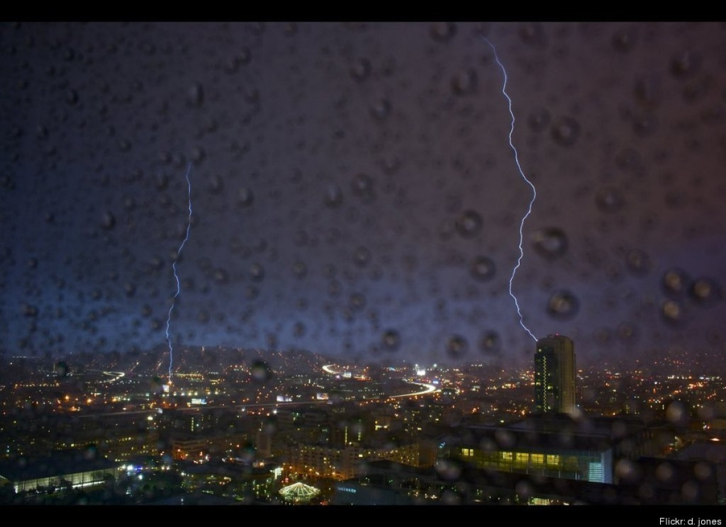 San Francisco thunderstorm (2012).