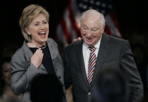 Walter Shorenstein with Hilary Clinton (2007).