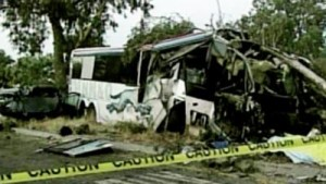 Greyhound bus crash Fresno (2010).